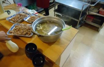 今日のメイン豚生姜焼き3kg、完食!